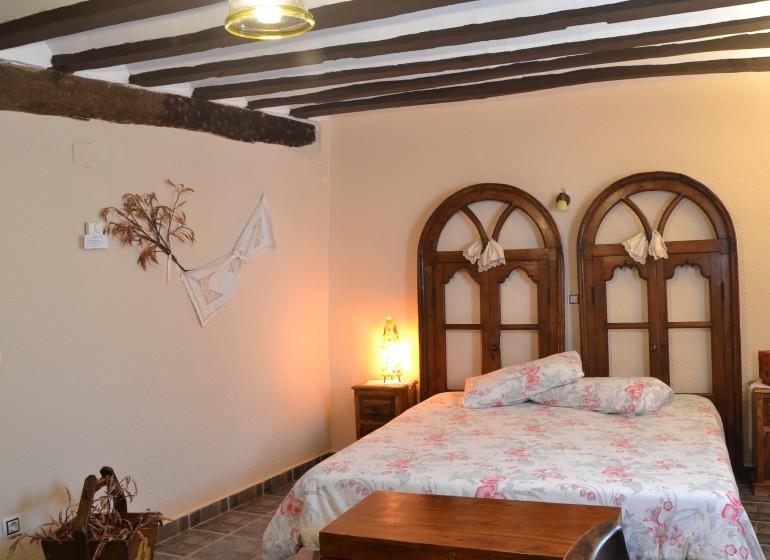 Habitación_Lavanda_01_La Aldea Encantada